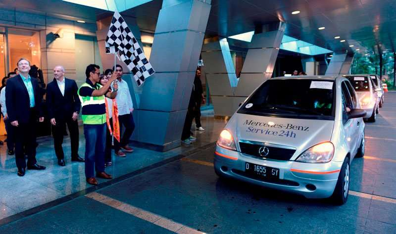 Lebaran Rescue dari Mercedes-Benz Indonesia