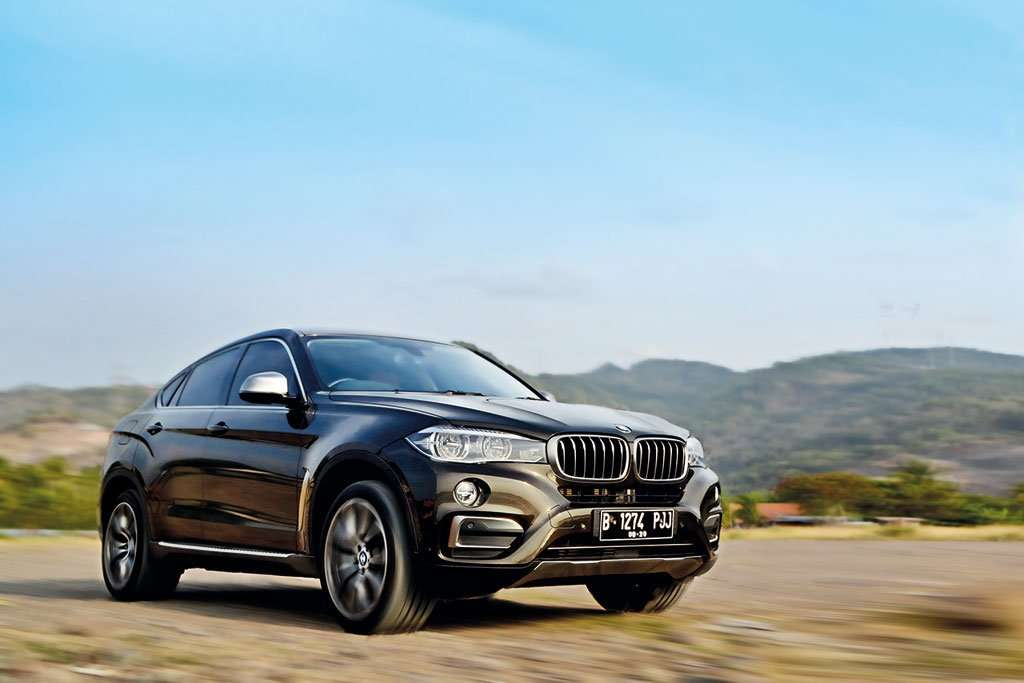 Test Drive: All New BMW X6, Prince of Garage