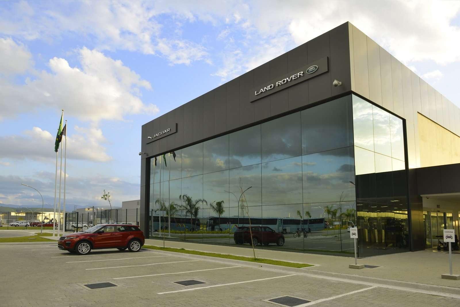 Jaguar Land Rover Rumahkan 2.000 Pegawainya di Seluruh Dunia