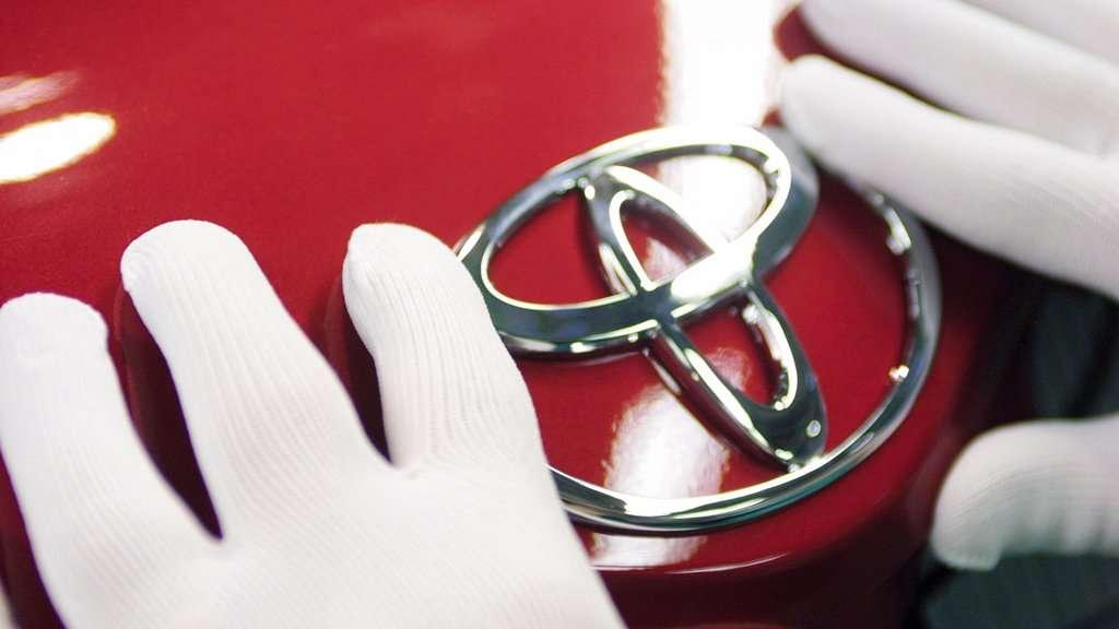 Masalah Airbag Takata, Toyota Indonesia Recall 40 Ribu Mobil