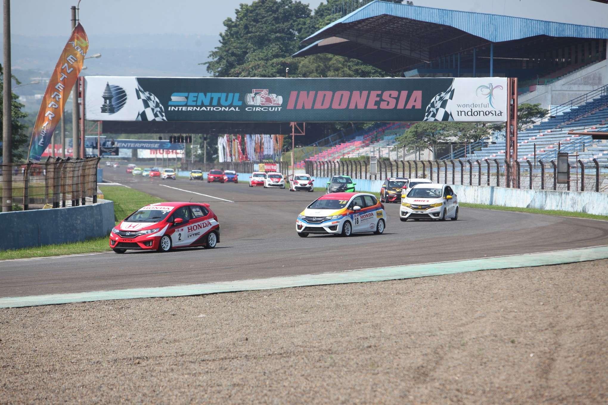 Pandemi Belum Reda, Honda Fokuskan Motorsport di Virtual