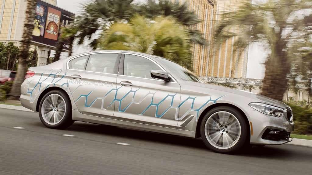 BMW Bawa Mobil yang Bisa Mengemudi Sendiri di CES 2017