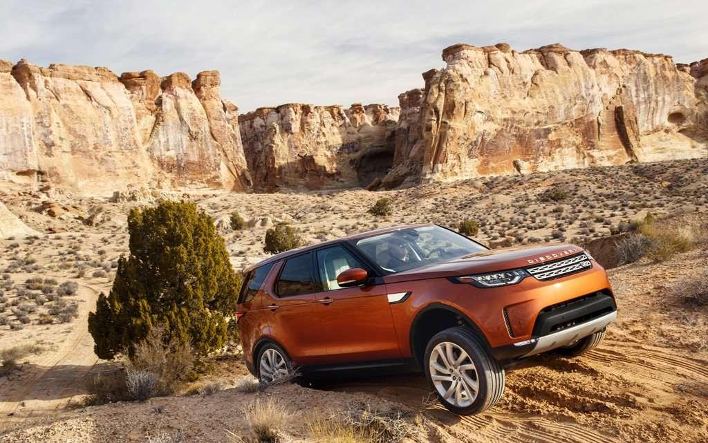 Land Rover Discovery akan Stop Produksi di Inggris Tahun Ini