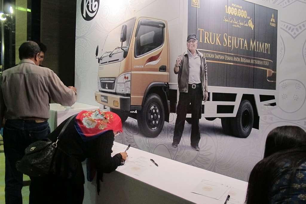 Sejuta Colt Sejuta Cerita Sambangi Bandung