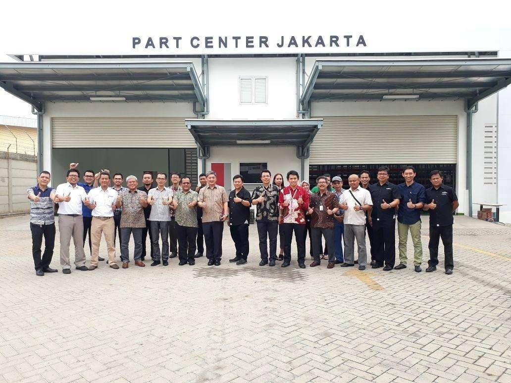 Astra Isuzu Resmikan Part Center Berkapasitas 5.000 Item di Bekasi