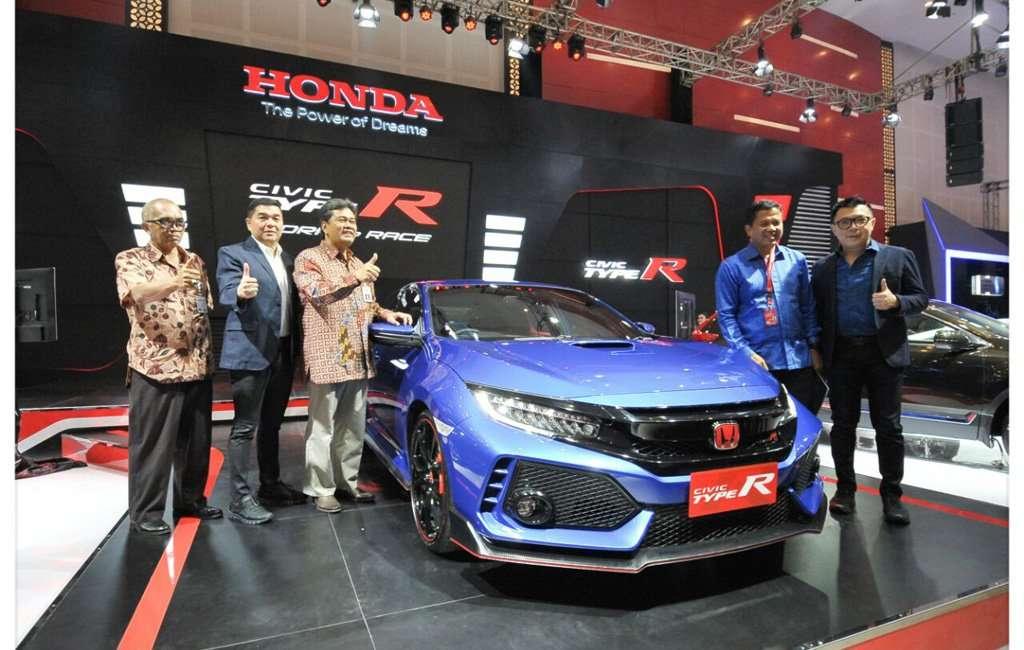 Honda Type R Berkelir Brilliant Sporty Blue Tampil Perdana di POS 2017