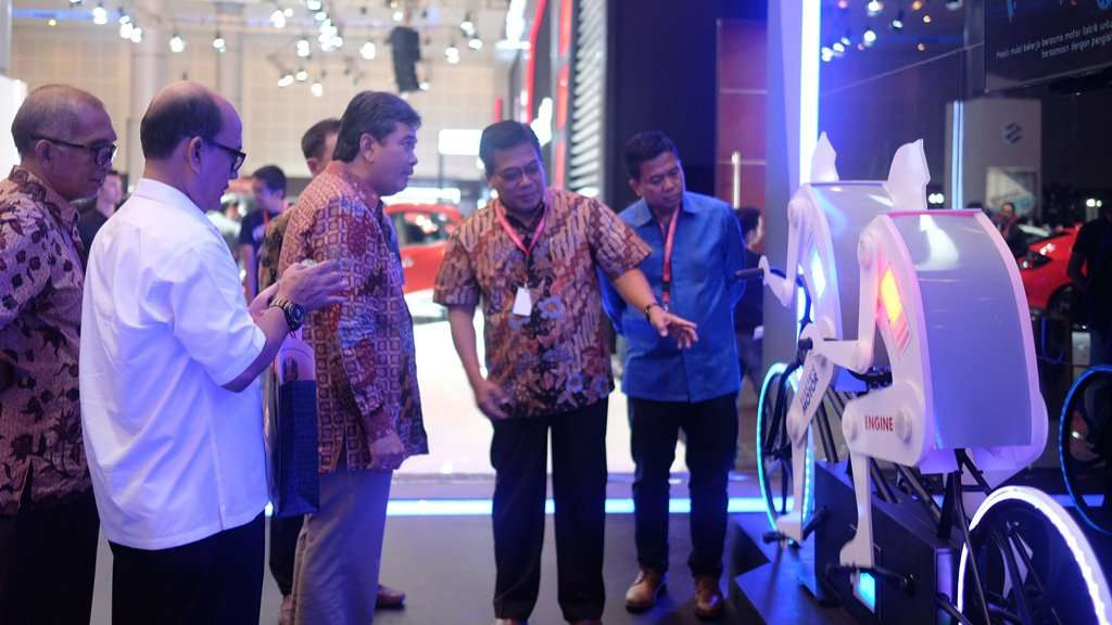 Toyota Boyong 7 Produk Andalan di Pameran Otomotif Surabaya 2017