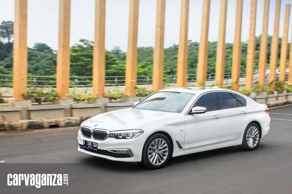 TEST DRIVE: BMW 530i Luxury, Big Package