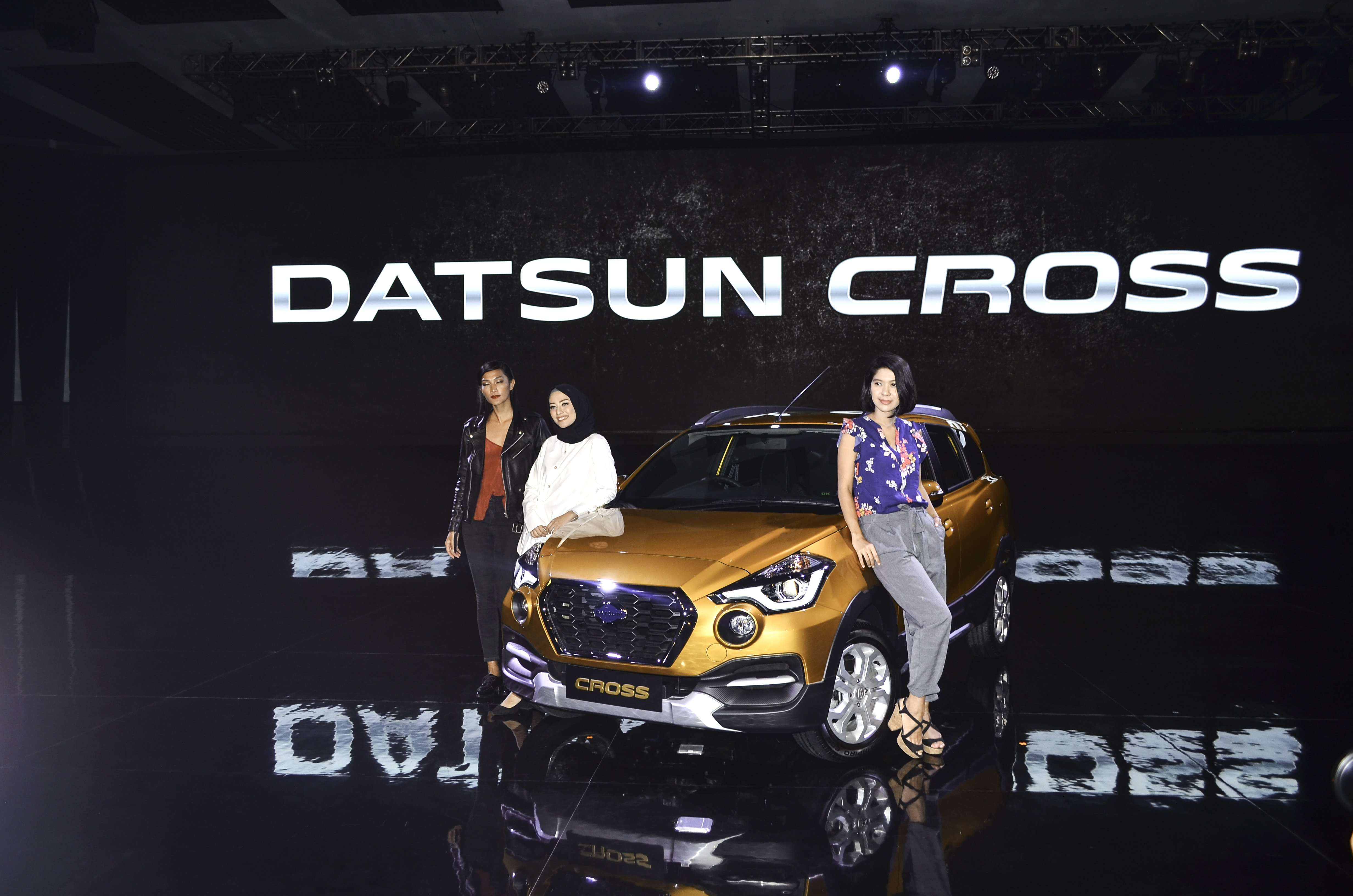 Bongkar Jantung Pacu Datsun Cross