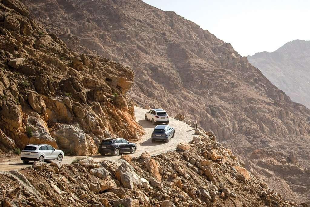 Porsche Cayenne 2018 Drive in Oman (Bagian 1)