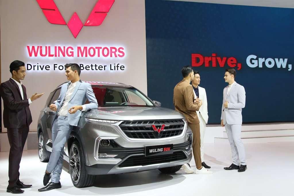 Komparasi Spesifikasi Wuling SUV Vs Honda CR-V Vs Glory 580