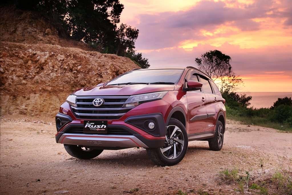 Lihat dan Test Drive Mobil Terbaru Toyota di Indonesia Autovaganza