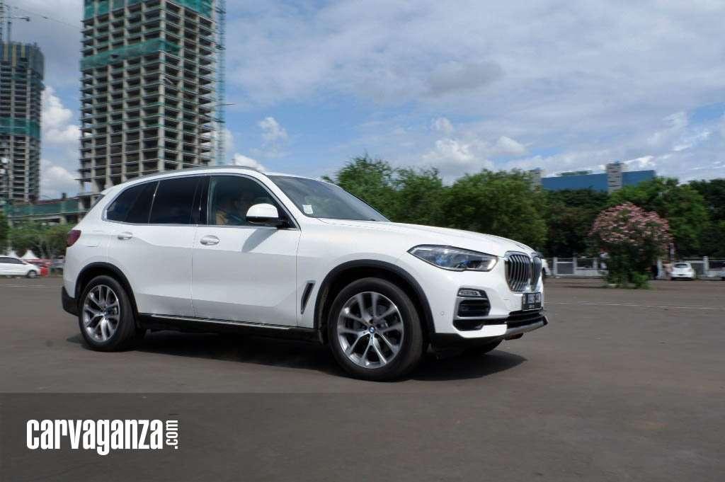 TEST DRIVE: Menikmati Kemewahan All-New BMW X5 xDrive40i