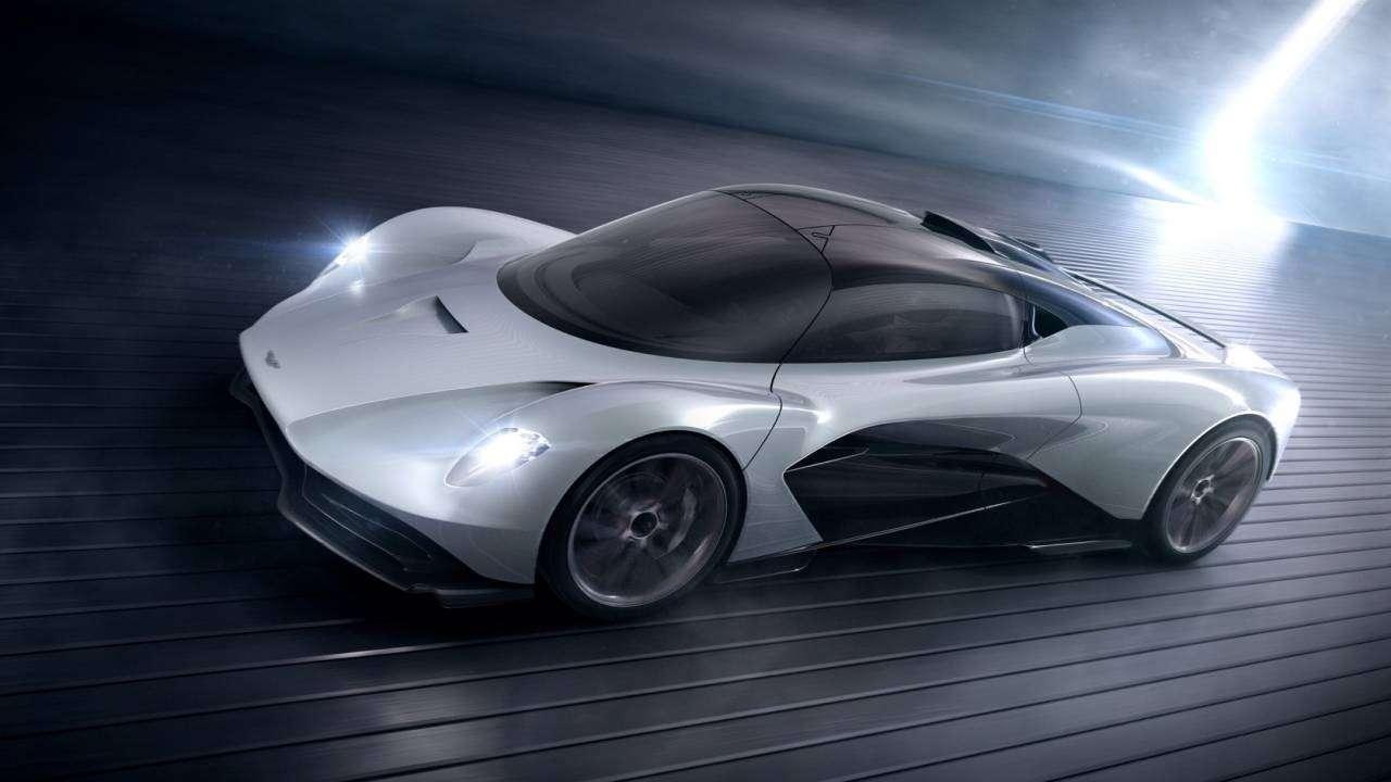 James Bond akan Pakai Banyak Aston Martin di Film Terbaru