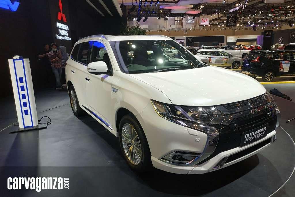 REVIEW: Mitsubishi New Outlander PHEV, Tomorrow's SUV Today