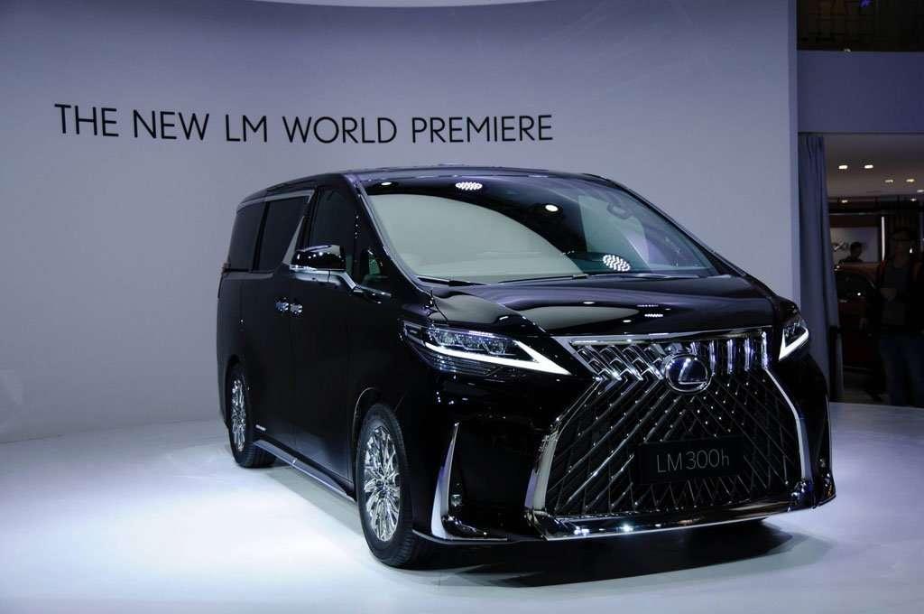 Lexus LM, MPV Ultra-Luxury Berbanderol Hampir Rp 3 Miliar