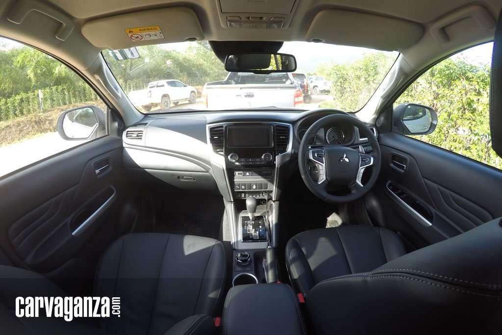 Penasaran? Ini Tampilan Interior Mitsubishi New Triton