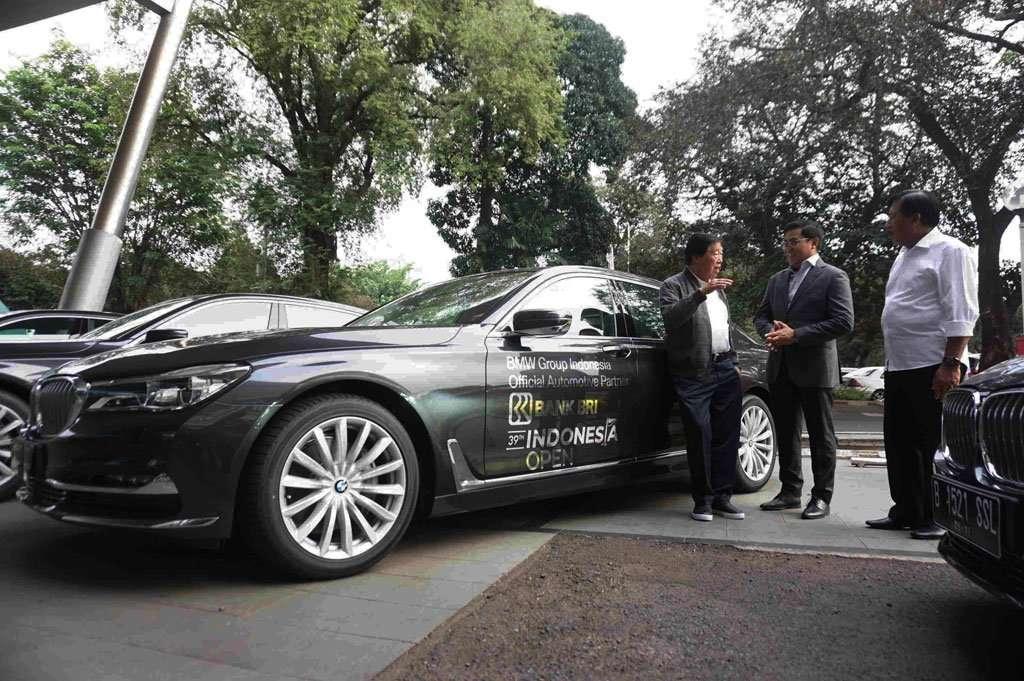 BMW Seri 7 akan Manjakan Para Golfer BRI Indonesia Open 2019