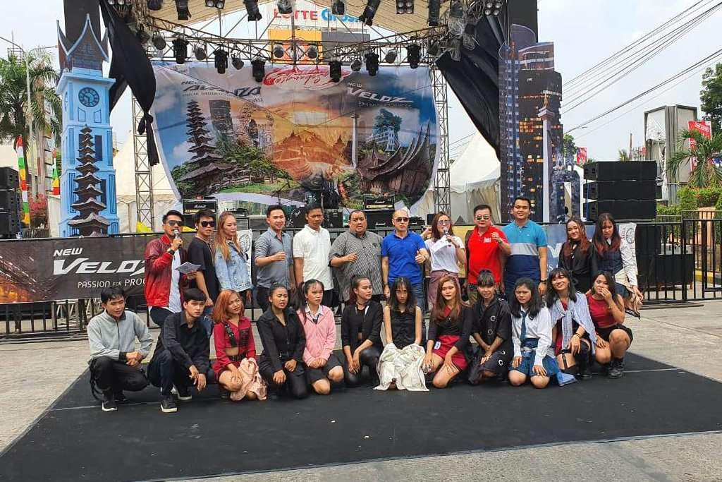 Festival Avanza-Veloz Meriahkan Akhir Pekan Warga Palembang