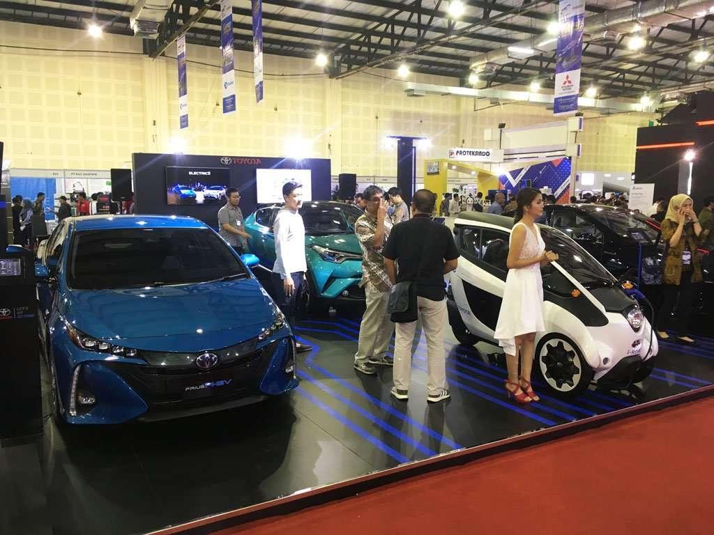Tujuh Pabrikan Ramaikan Pameran Mobil Listrik di Jakarta