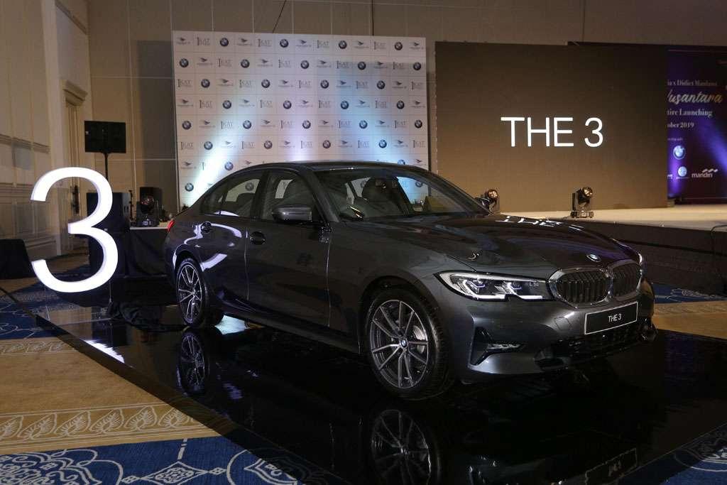 Naksir BMW 320i G20? Perhatikan Dulu Hal-Hal Ini