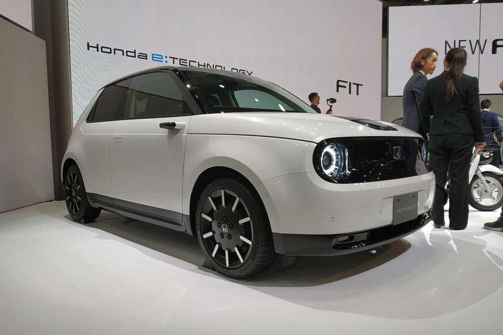 Diperkenalkan di Tokyo, Honda e Dijual Resmi Tahun Depan