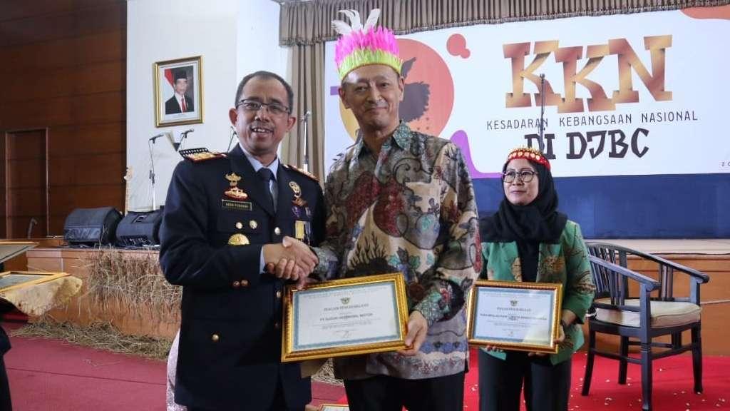 Suzuki Raih Penghargaan dari Direktorat Jenderal Bea dan Cukai