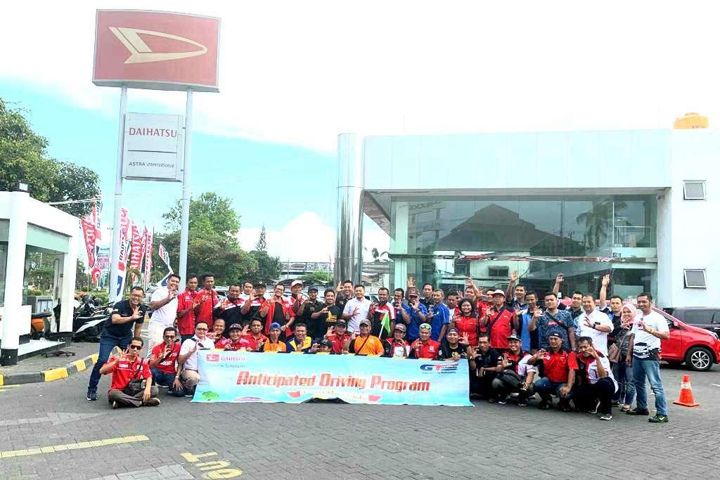 Daihatsu Ajak Komunitas di Surabaya Edukasi Keselamatan Berkendara