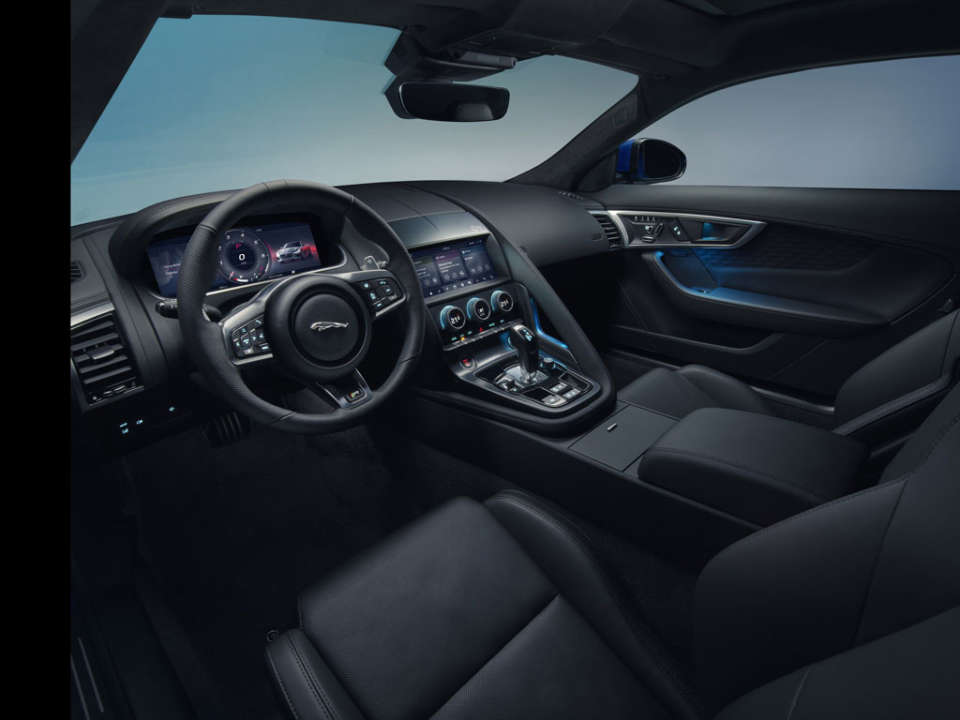 Jaguar F-Type Facelift Hadir Sambut 2020, Tantang Vantage dan AMG GT | Carvaganza.com