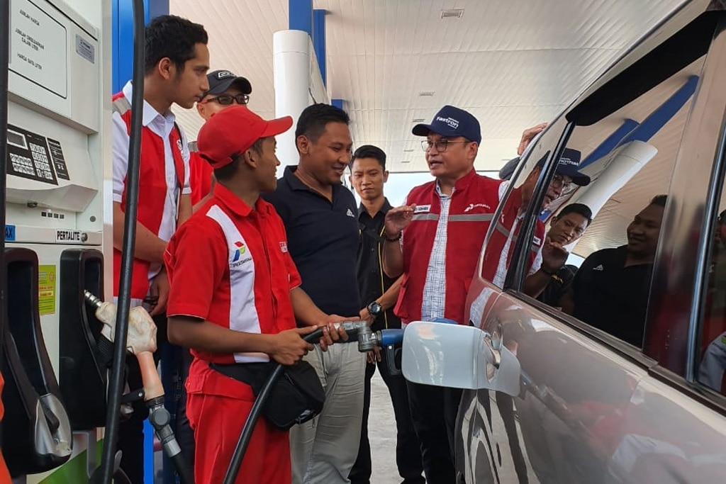 Mulai Hari Ini, Harga BBM Turun Antara Rp 300-1.500