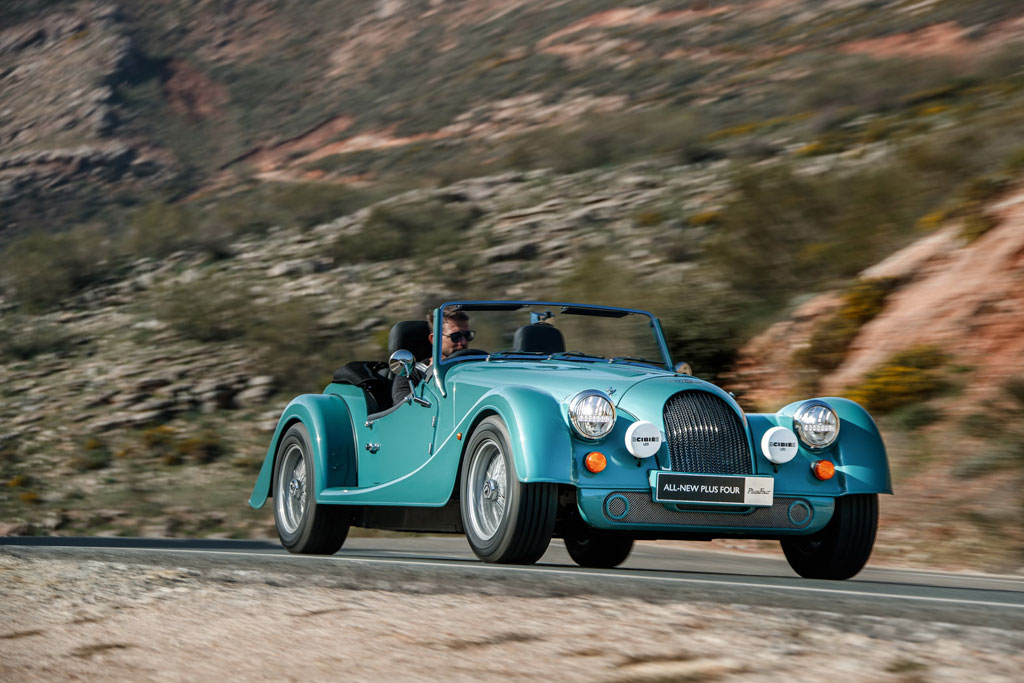 Morgan Plus Four, Sportscar Ala Perang Dunia Bermesin BMW