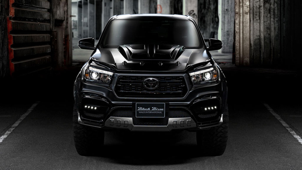 Toyota Hilux Black Bison Edition, Si Penantang Ford Ranger