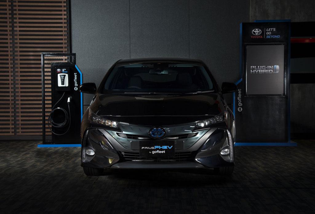 Luncurkan Prius PHEV, Langkah Nyata Toyota pada Kendaraan Elektrifikasi