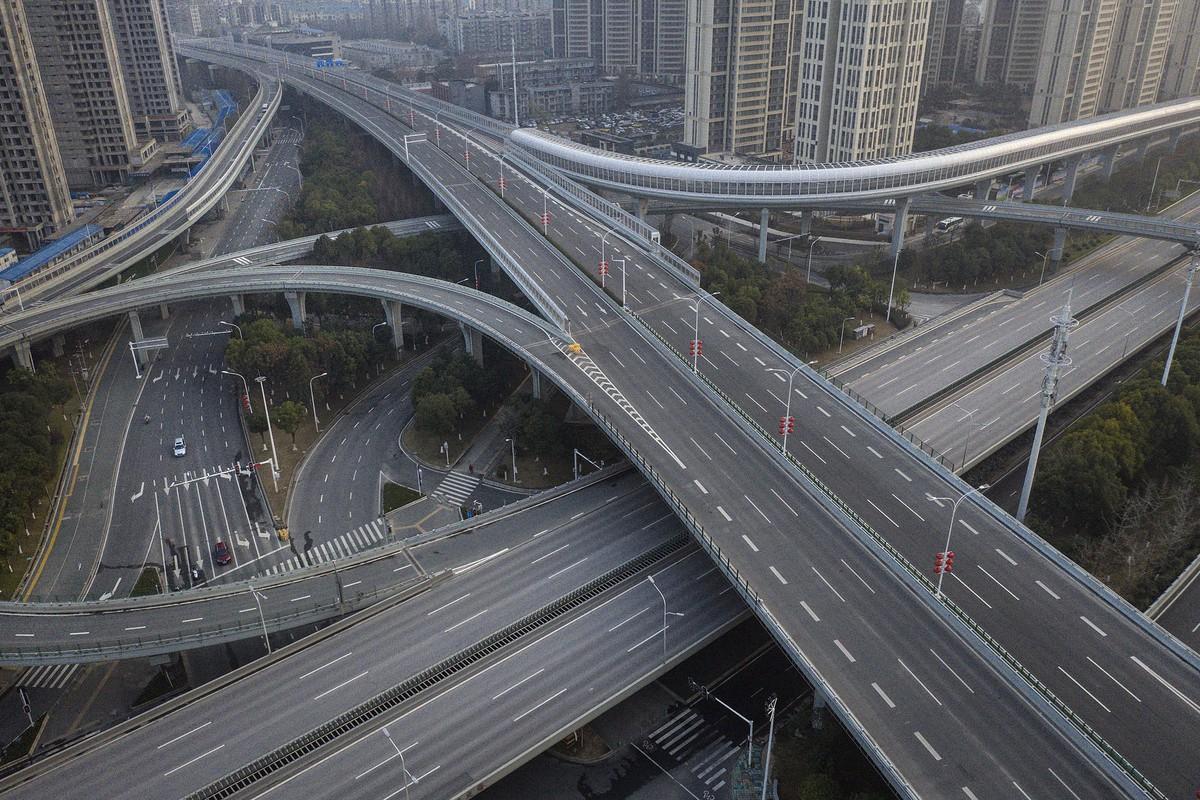 FEATURE: Karena Corona, Otomotif Cina Amblas Lebih 90 Persen