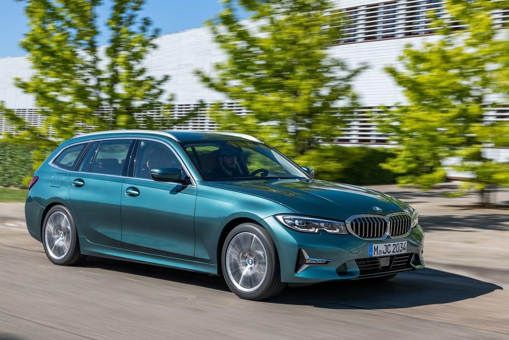 REVIEW: BMW 320i Touring, Mewah dan Serba Guna
