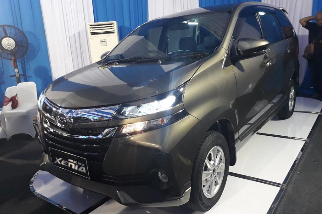 Pilih-Pilih LMPV 1.3L, Daihatsu Xenia R atau Toyota Avanza G?