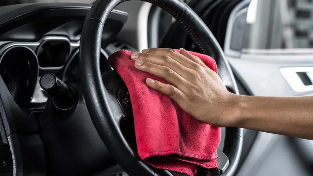 TIPS: Langkah Aman Bersihkan Kabin Mobil saat Pandemi COVID-19