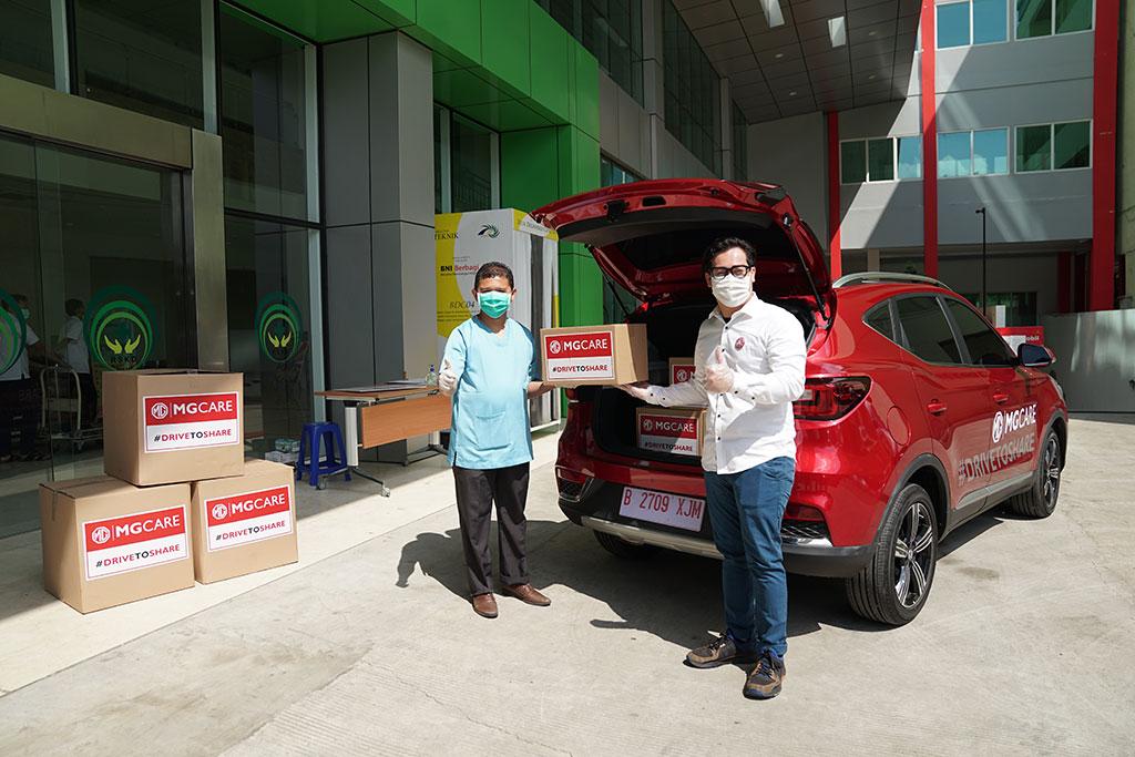 MG Motor Indonesia Donasikan 10.000 Unit APD dan Sembako