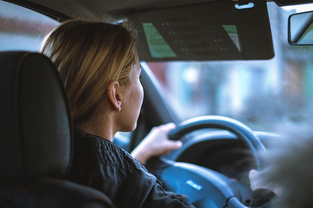 TIPS: 7 Benda Penting yang Harus Dibawa Wanita di Masa New Normal