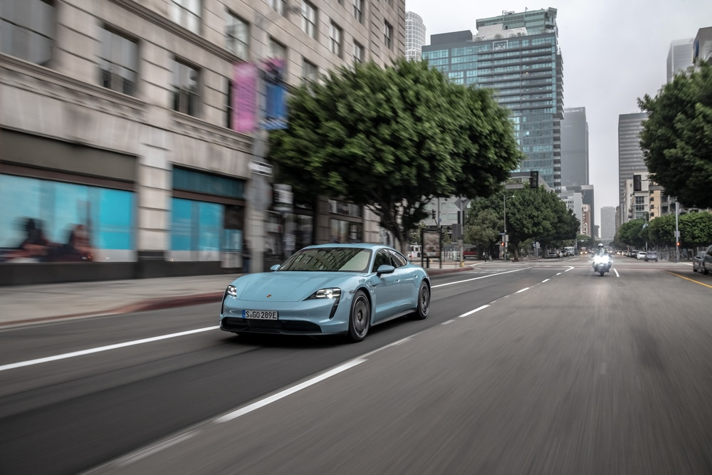 TEST DRIVE: Porsche Taycan 4S, Supercar Listrik Dengan Feeling Natural (Bagian 2)
