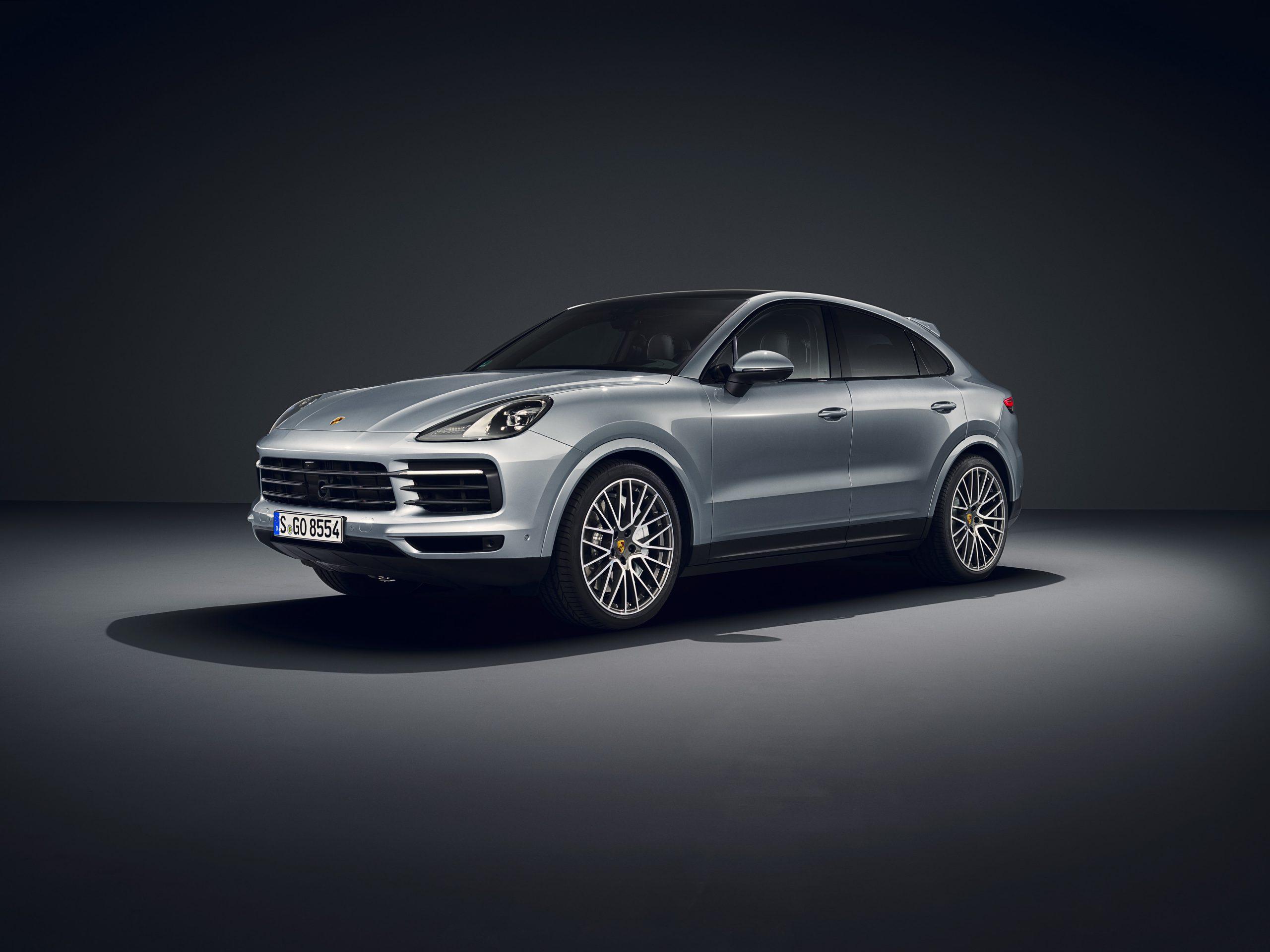 Ragam Kelebihan SUV Premium Favorit Porsche Cayenne Coupe