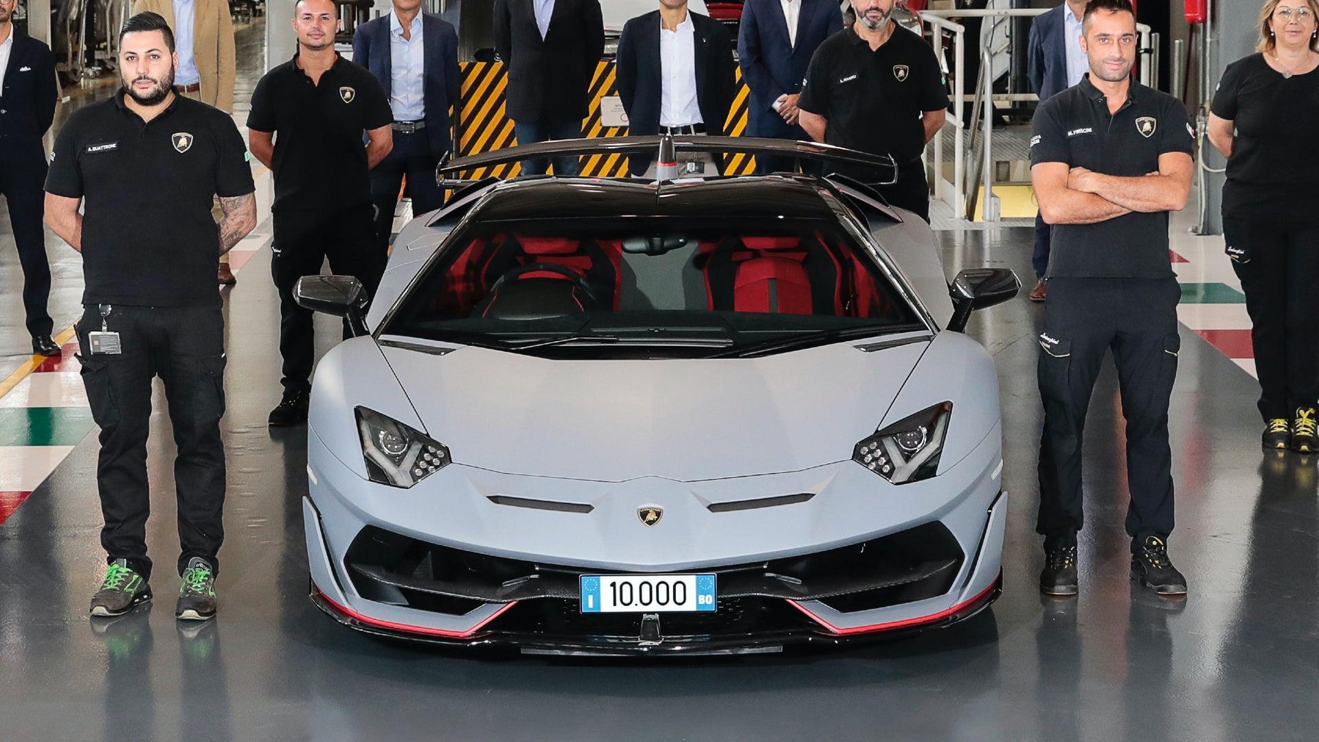 Lamborghini Aventador Capai Angka Produksi 10.000 Unit
