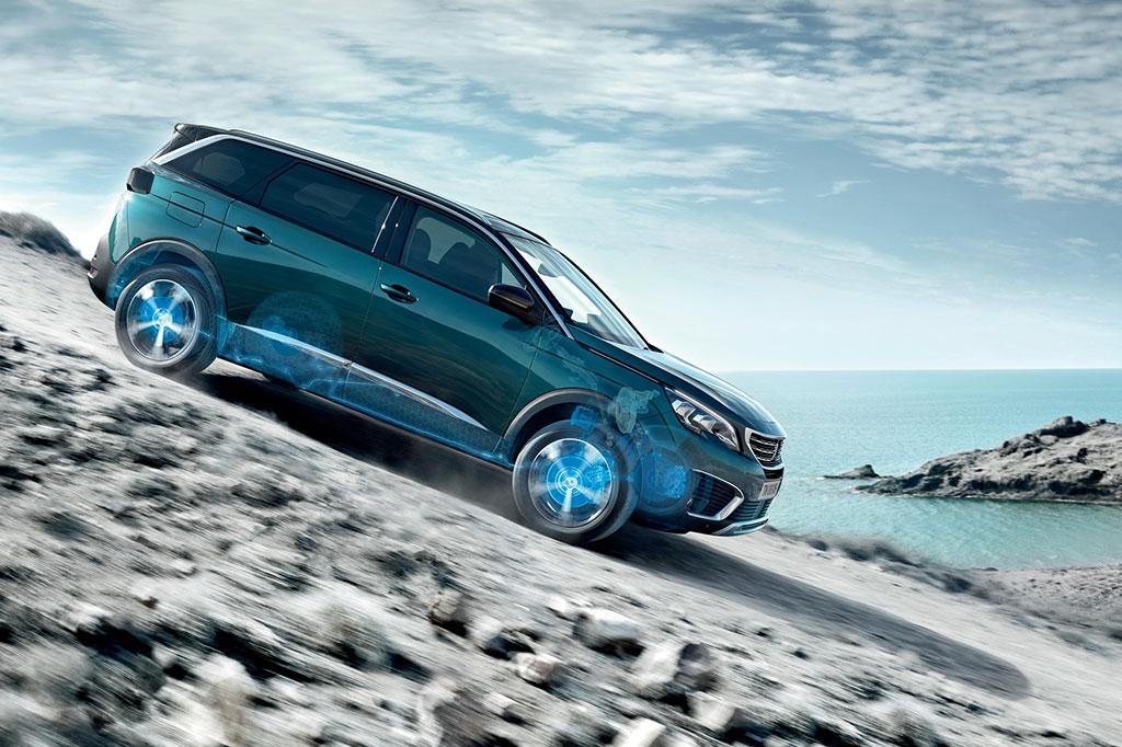 Mengenal Fitur Keamanan Advanced Grip Control Peugeot 3008 dan 5008 SUV