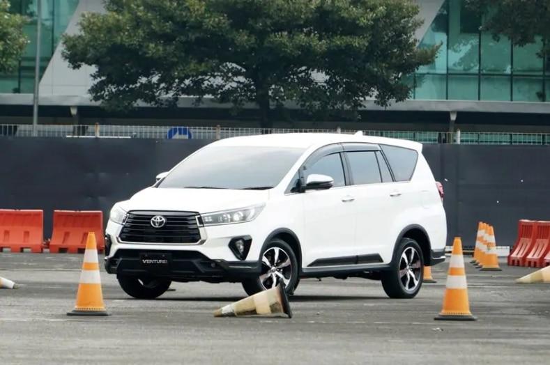 Varian Toyota Kijang Innova Paling Pas Sesuai Kebutuhan