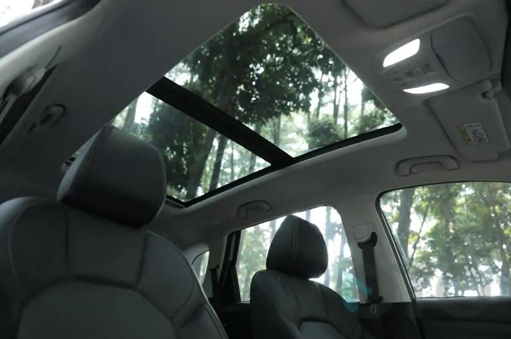 6 Mobil Baru Pakai Sunroof Di Bawah Rp 400 Juta