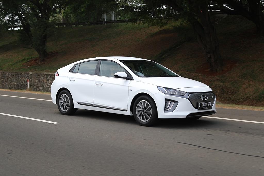 ROAD TEST: Hyundai Ioniq Electric, Mobil Listrik Bukan 'Alien' (Bagian 1)