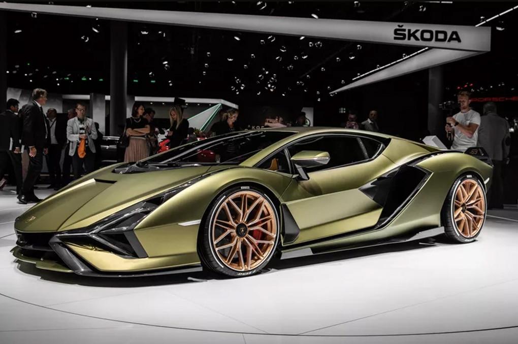 Tak Terpengaruh Era Downsize Dan Turbo, Lamborghini Aventador Terbaru Pertahankan Mesin V12