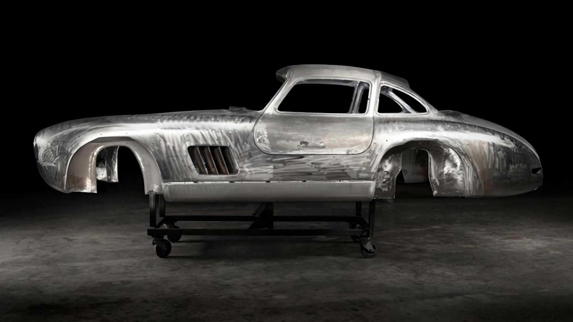 Kisah Dibalik Kesempurnaan Restorasi Mercedes-Benz 300SL Gullwing