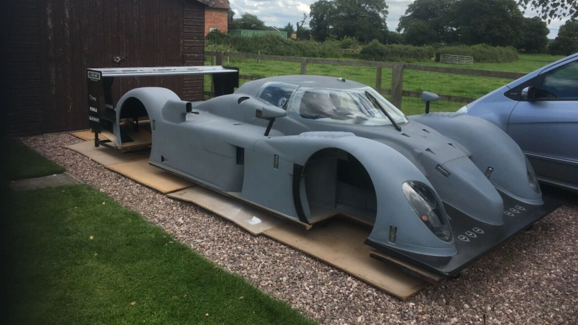 Terinspirasi Le Mans, Racing Diehard Bikin Replika Mobil Balap Bentley