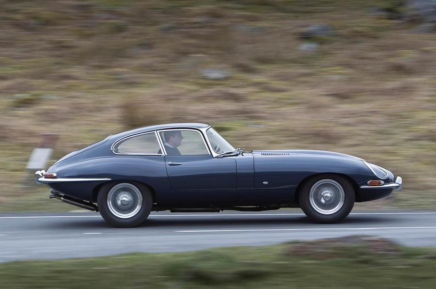 Jaguar E-Type, Hikayat Mobil Terindah Di Dunia (Bagian 1)